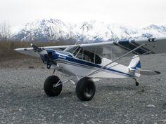 1949 Piper L-18C 'Super Cub' avec pneus 'tundra'