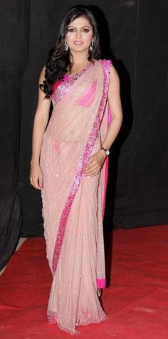 Drashti Dhami looking gorgeous in saree. Baby Girl Dresses Fancy, Girls Dresses, Baby Dress, Indian Beauty Saree, Indian Sarees, Indian Dresses, Indian Outfits, Indian Clothes, Lehenga Choli