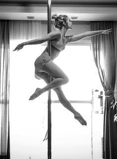 Pole dancing Swan pose variation. #poledance #polefitness