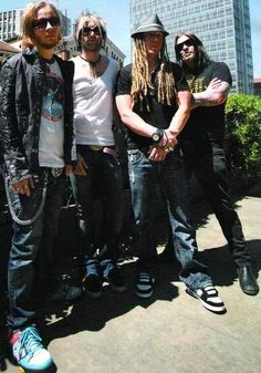 Shinedown became my favrotie band, but are rivalved with Three Days Grace