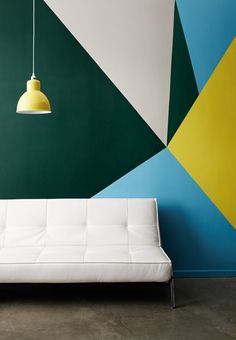 Geometric wall design ideas wall painting ideas geometric wall pattern contemporary home decor living room ideas Flur Design, Wall Design, Interior Paint Colors, Interior Design, Colour Blocking Interior, Interior Painting, Color Blocking, Style Deco, Living Room Paint
