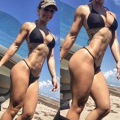 Female Form #StrongIsBeautiful #Motivation #WomenLift2 Taylor Vertucci