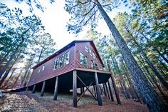 The beautiful Seven Eagles Cabin minutes from Broken Bow Lake and Beavers Bend State Park in Oklahoma.
