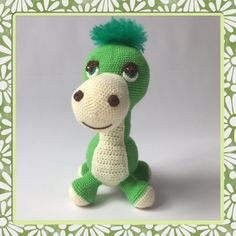 My daughter didn't want a crocheted dino. But she changed her mind when she saw the result! Each night he's sleeping in her bed and he's been on many roadtrips. I'd like to share my 'crochet pattern dinosaur' with you! Crochet Dinosaur Hat, Crochet Dinosaur Patterns, Applique Patterns, Amigurumi Patterns, Crochet Patterns, Dinosaur Pictures, Cool Baby Stuff, Single Crochet, Free Crochet
