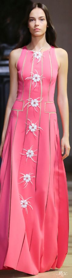 Carolina Herrera Spring 2016 Ready-to-Wear Fashion Show
