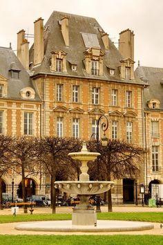 Paris. Le Marais, Place des Vosges by Massimo Ferracini.