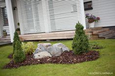 Aiheeseen liittyvä kuva Landscape Design, Garden Design, Maine House, Garden Styles, Garden Inspiration, Gardening Tips, Gazebo, Interior Decorating, Exterior