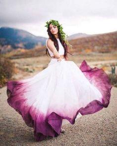 Dip-Dye Brautkleider - dip dye white dress is such an amazing idea. Different dress in the link. (not just for a wedding)