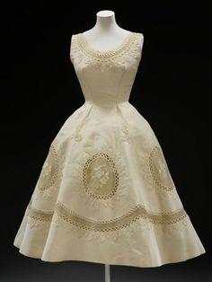 Ivory dress, Erik Mortensen for Pierre Balmain