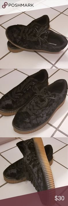 how to get chewing gum off shoes soles
