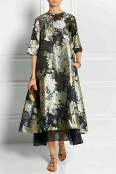 Discover thousands of images about Biyan - Adine oversized embroidered organza dress Modest Fashion, Hijab Fashion, Fashion Dresses, Batik Fashion, Couture Fashion, I Dress, Lace Dress, Vetement Fashion, Organza Dress