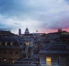 "@pascalmeier74  RT  Pascal Meier,MD,BMJ Retweeted Sunset view from ""Barts Heart Centre"" roof top - one of biggest Cardiovascular Centres In Europe - by @Ellenquinney 