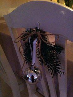 Fru Hansens kreativiteter: PYNTET SPISESTUESTOLENE.. Christmas Bulbs, Holiday Decor, Home Decor, Decoration Home, Christmas Light Bulbs, Room Decor, Interior Design, Home Interiors, Interior Decorating