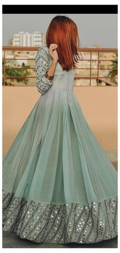 Pakistani Party Wear Dresses, Beautiful Pakistani Dresses, Pakistani Wedding Outfits, Designer Party Wear Dresses, Indian Gowns Dresses, Indian Fashion Dresses, Dress Indian Style, Nikkah Dress, Pakistani Dress Design