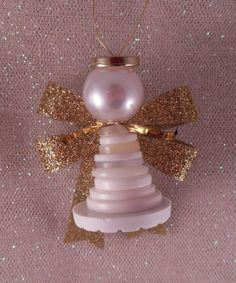 To go with the Baby Jesus ornament I came up with these Button Angels for my students to make this year. They are really very simple: . gift for students Christmas Buttons, Diy Christmas Ornaments, Homemade Christmas, Christmas Angels, Christmas Projects, Holiday Crafts, Christmas Holidays, Christmas Decorations, Christmas Button Crafts