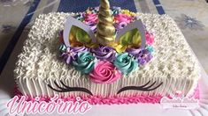 Confeitando bolo unicórnio retangular - YouTube Unicorn Themed Birthday Party, 10th Birthday Parties, Birthday Party Themes, Birthday Ideas, Unicorn Birthday Cakes, Birthday Sheet Cakes, Rosalie, Unicorn Baby Shower, Girl Birthday