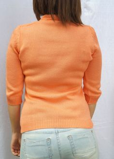 """Every part of this pullover is made with just one long wire, without """"cut and sew""""."""