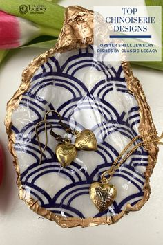 The Seigaiha pattern represents surges of good luck. This design on our oyster shell jewelry dish is sought after by Chinoiserie design enthusiasts as well as all who love blue and white. Oyster Shells, Seashell Jewelry, Jewelry Dish, White Gift Boxes, Chinoiserie, Valentine Gifts, Blue And White, Beach Ideas, Case