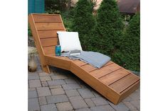 Pallet Outdoor Furniture 11 Super Cool DIY Backyard Furniture Projects - Try these outdoor furniture tutorials! We have a great selection of super cool DIY backyard furniture projects that you can create for your garden!