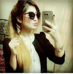 Best Dp For Whatsapp Cute Girls - Substatus Cute Girl Face, Cute Girl Photo, Girl Photo Poses, Girl Photos, Girl Pictures, Picture Poses, Stylish Dpz, Stylish Girl, Crazy Girls