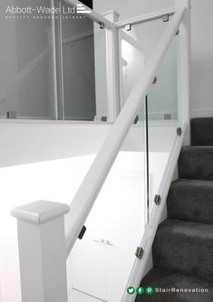 The contract of the dark carpet on this pristine white staircase is amazing Rustic Staircase, White Staircase, Carpet Staircase, House Staircase, Staircase Remodel, Staircase Makeover, Staircase Railings, Modern Staircase, Staircase Design