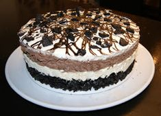 susannehalseth.blogspot.no: Oreokake-oppskrift med bilder! Pudding Desserts, Oreo Cookies, Tiramisu, Goodies, Food And Drink, Sweets, Cakes, Baking, Fruit