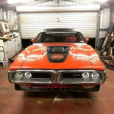 Classic Car News Pics And Videos From Around The World Dodge Charger Super Bee, Dodge Super Bee, Dodge Charger Rt, Gp Moto, Dodge Muscle Cars, Dodge Vehicles, Dodge Chrysler, Classy Cars, Performance Cars