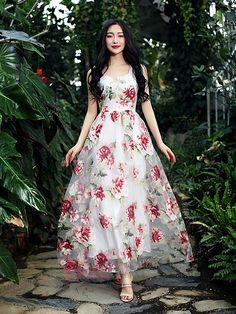 Cheap dress penny, Buy Quality dresses for wedding parties directly from China dress indian Suppliers: 2017 Organza Flowers Sleeveless Pleated White Dress 2017 Spring and Summer Elegant Vintage Dresses robe Maxi Dress Floral Print Gowns, Printed Gowns, Floral Maxi Dress, Chiffon Maxi Dress, Rose Dress, Floral Chiffon, Floral Prints, Stylish Dresses, Cheap Dresses