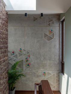 Wall Panel Design, Wall Decor Design, Wall Texture Design, Interior Walls, Interior And Exterior, Interior Design, Cnc Router, Indian Interiors, Concrete Wall