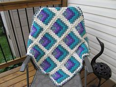 Granny Square Blanket Free Crochet Pattern | Free Crochet Patterns