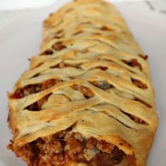 Best Hamburger Recipes, Beef Recipes, Yummy Recipes, Mexican Dishes, Mexican Food Recipes, Taco Braid, Best Cauliflower Pizza Crust, Pizza Shapes, Braided Bread