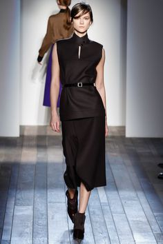 Victoria Beckham Fall 2013 Ready-to-Wear Collection Photos - Vogue