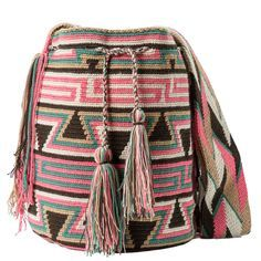 comprar bolso wayuu en madrid, wayuu, croche, bolsos hecho a mano, producto artesanal, bolsos tribales, tribalchic, tribal, bolso artesanal, bolso wayuu, bolsos wayuu, algodon, colombia, bolsos, hecho a mano Más