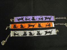 Handmade Bracelet, Cats, Loom Beaded by HappyOtterBeading on Etsy Bead Embroidery Patterns, Seed Bead Patterns, Beaded Jewelry Patterns, Beading Patterns, Beading Ideas, Loom Bracelet Patterns, Bead Loom Bracelets, Bead Loom Designs, Armband Diy