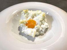 https://flic.kr/p/UEP7Pt | Huevos nube. koketo | Los huevos nube son una nueva elaboración o evolución. Se trata de un merengue horneado acompañada por baicon o queso y con la yema líquida. koketo.es/huevos-nube/ @chefkoketo