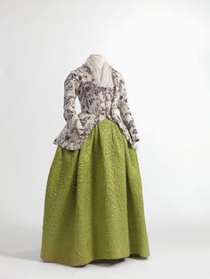 Caraco and quilted petticoat, 1770-90  From the Mode Museum via Wikimedia Commons