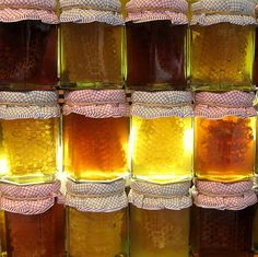 honey is good for diabetes http://fiveremedies.com/diabetes/diabetes-natural-remedies/