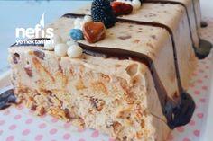 Dondurma Tadında Kahveli Parfe (5 Dk) Tarifi nasıl yapılır? 3.872 kişinin defterindeki bu tarifin resimli anlatımı ve deneyenlerin fotoğrafları burada. Yazar: Merve Horos Cake Recipes, Dessert Recipes, Parfait Recipes, Icebox Cake, Food Words, How To Eat Less, Vanilla Cake, Cake Decorating, Deserts