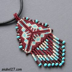 Delta - mosaic weaving / peyote triangle pattern Anabel27.com