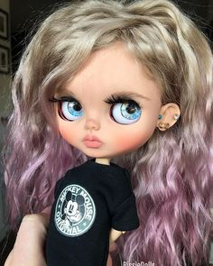 This cutie Rebel is adopted💖💖 Ooak Dolls, Reborn Dolls, Blythe Dolls, Girl Dolls, Pretty Dolls, Beautiful Dolls, Cute Baby Dolls, Cute Babies, Kawaii Doll
