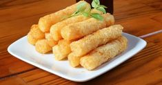 Low Carb Mozzarella Sticks perfect for a keto diet or even if you're just keto-ish and looking for a healthier alternative. Chef Recipes, Low Carb Recipes, Snack Recipes, Mozzarella Sticks, Foods To Avoid, Keto Snacks, Paleo Appetizers, Healthy Alternatives, Food Items