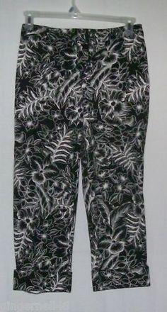 Rafaella Capris Misses Size 4 Black w White floral print