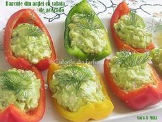 Barcute-din-ardei-cu-salata-de-avocado3-1 Avocado Toast, Guacamole, Appetizers, Stuffed Peppers, Vegetables, Breakfast, Food, Book Qoutes, Salads