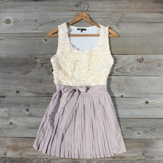 spool no. 72. love this site! cutest dresses