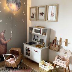 Wir finden die Idee vom Bär, der das Licht aus- und anknipsen kann ganz wunderbar. Und du? Entryway, Furniture, Home Decor, Nursery Room Ideas, Lights, Creative Ideas, Fulda, Entrance, Decoration Home