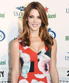 Look of the Day - August 24, 2014 - Ashley Greene in Preen from #InStyle