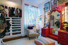 Bruna Alcântara {scrapbook artesanal}: Cores e estampas na decoração de apartamento