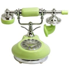 vintage and fun telephones Antique Phone, Retro Phone, Vintage Phones, Old Phone, Shades Of Green, Decoration, Green Colors, Frog Drawing, Baby Sitting