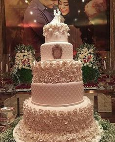 Trendy Wedding Cakes Ideas With Cupcakes Pink Ideas Elegant Wedding Cakes, Elegant Cakes, Beautiful Wedding Cakes, Gorgeous Cakes, Wedding Cake Designs, Wedding Cupcakes, Pretty Cakes, Dream Wedding, Beautiful Gorgeous