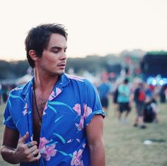 Pin for Later: 85 Photos Qui Vont Vous Faire Tomber Sous le Charme des Acteurs de Pretty Little Liars Tyler Blackburn